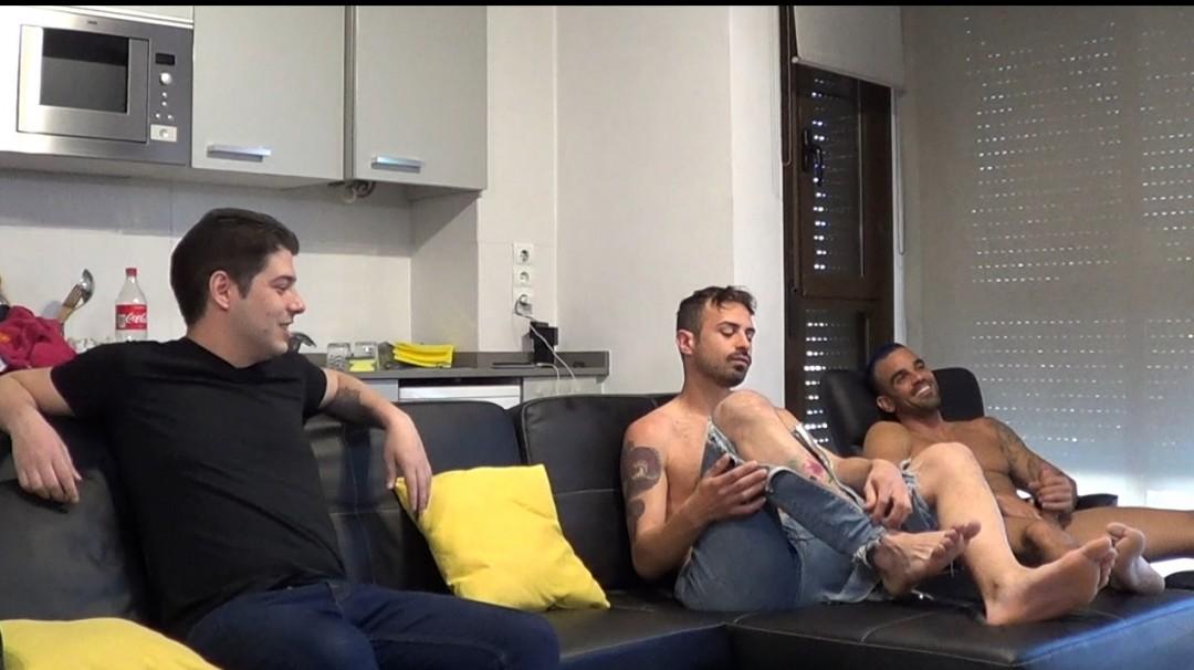 Webcam backstage, gang bang sur Damien CROSSE