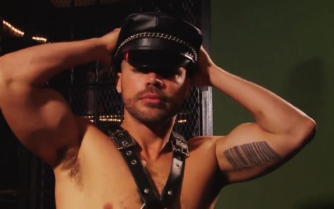 l9897-darkcruising-gay-sex-porn-hardcore-videos-bdsm-fetish-hard-kinky-darkroom-uknm-beautiful-bruisers-002