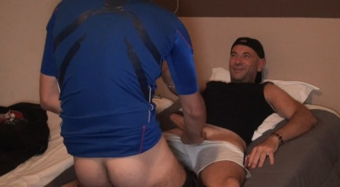 Le 1er porno de DYLAN LOPEZ