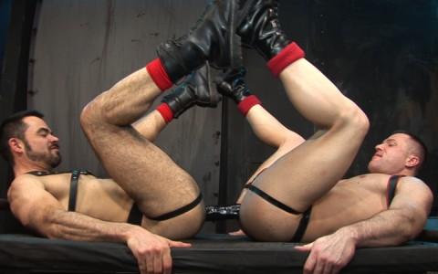 l7104-cazzo-gay-sex-porn-hardcore-made-in-germany-berlin-cazzo-hard-play-022