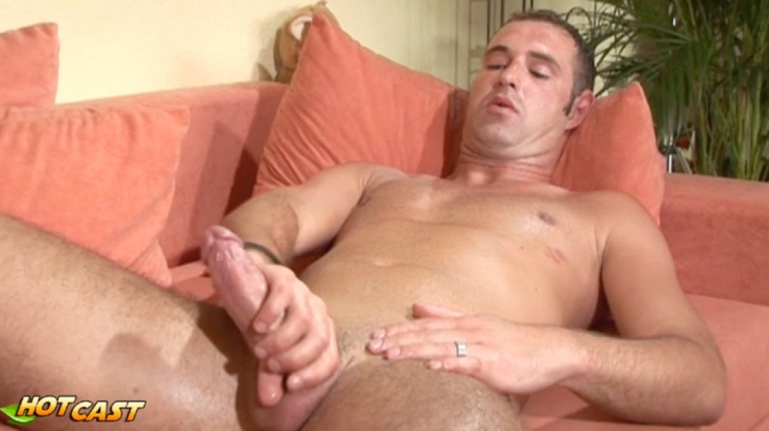 Wank that nice dick of yours man !