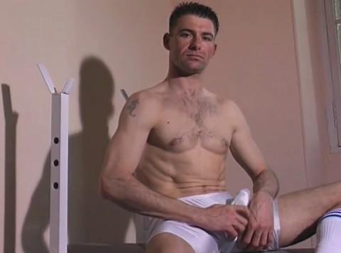 l01299-jnrc-gay-sex-porn-hardcore-videos-france-french-militaires-uniformes-pompiers-sportifs-branlette-solo-006
