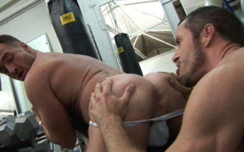 l7276-gay-sex-porn-hardcore-alphamales-out-at-the-gym-012
