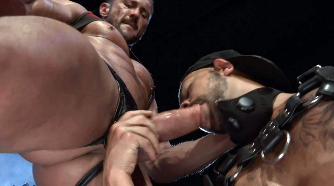 L20367 DARKCRUISING gay sex porn hardcore fuck videos bdsm hard fetish rough leather bondage rubber piss ff puppy slave master playroom 04