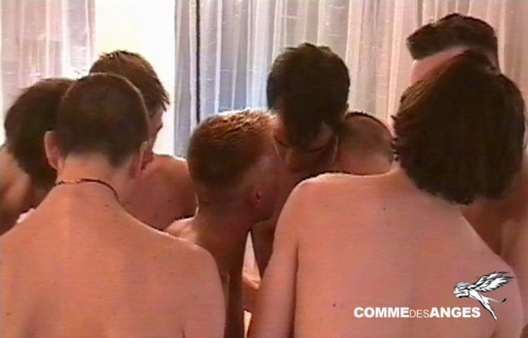 Young cocks in sex orgy