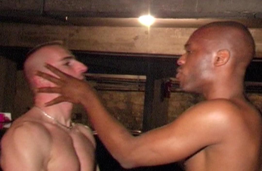 Dominant gangsta blacks for muscled bottoms