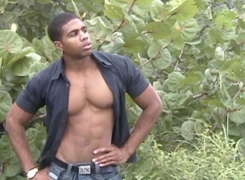 l6485-universblack-gay-sex-blacks-flava-patrick-behind-the-photoshoot-002