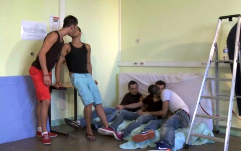l09248-berryboys-gay-sex-porn-hardcore-videos-twinks-minets-jeunes-mecs-young-guys-made-in-france-stephane-berry-prod-internat-pour-garcon-002