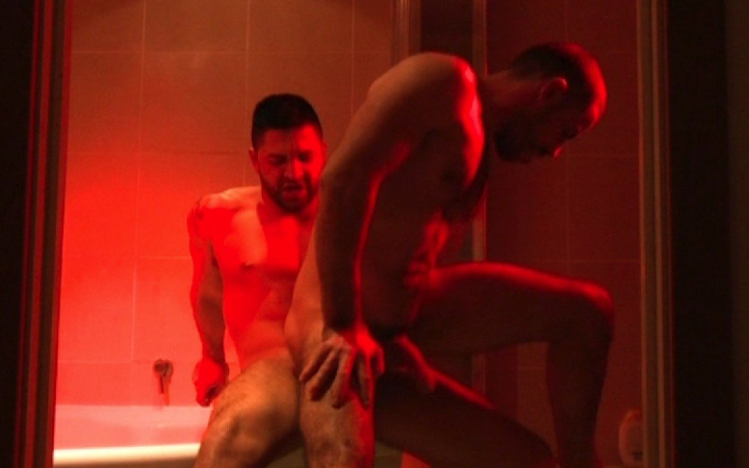 Double load of spunk in the bath tub