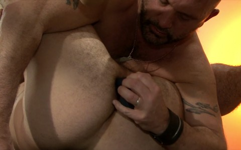 l15720-mistermale-gay-sex-porn-hardcore-fuck-videos-butch-hunks-studs-muscles-hung-25