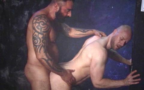 l7358-darkcruising-video-gay-sex-porn-hardcore-hard-fetish-bdsm-alphamales-toolbox-live-017