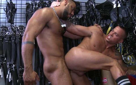 l9147-darkcruising-gay-sex-porn-hardcore-videos-hard-fetish-bdsm-leather-rubber-kinky-perv-bondage-rough-sm-rascal-leather-029