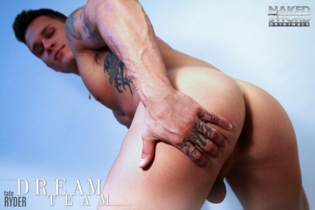 Hot as fuck: Topher DiMaggio