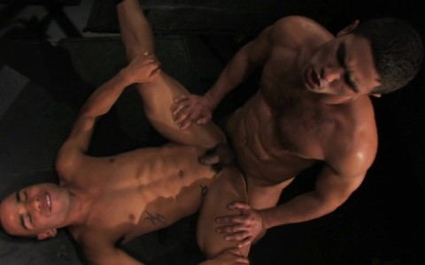 l9886-darkcruising-gay-sex-porn-hardcore-videos-bdsm-fetish-leather-rubber-hard-raging-stallion-into-darkness-008