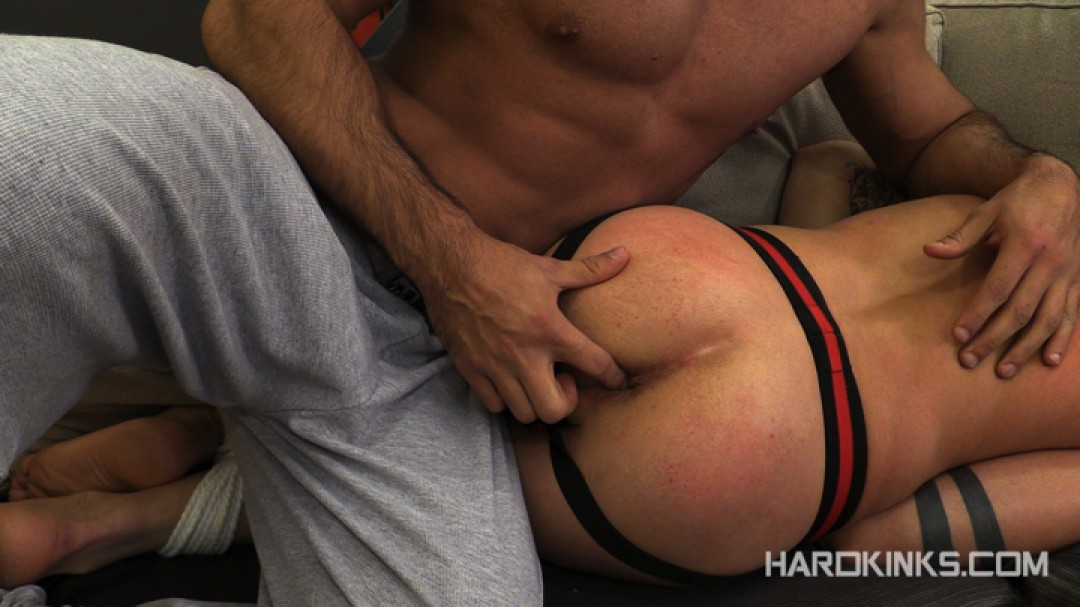 dark-cruising-hard-kinks-gay-porn-hardcore-videos-made-in-spain-bdsm-macho-kinky-bondage-fetish