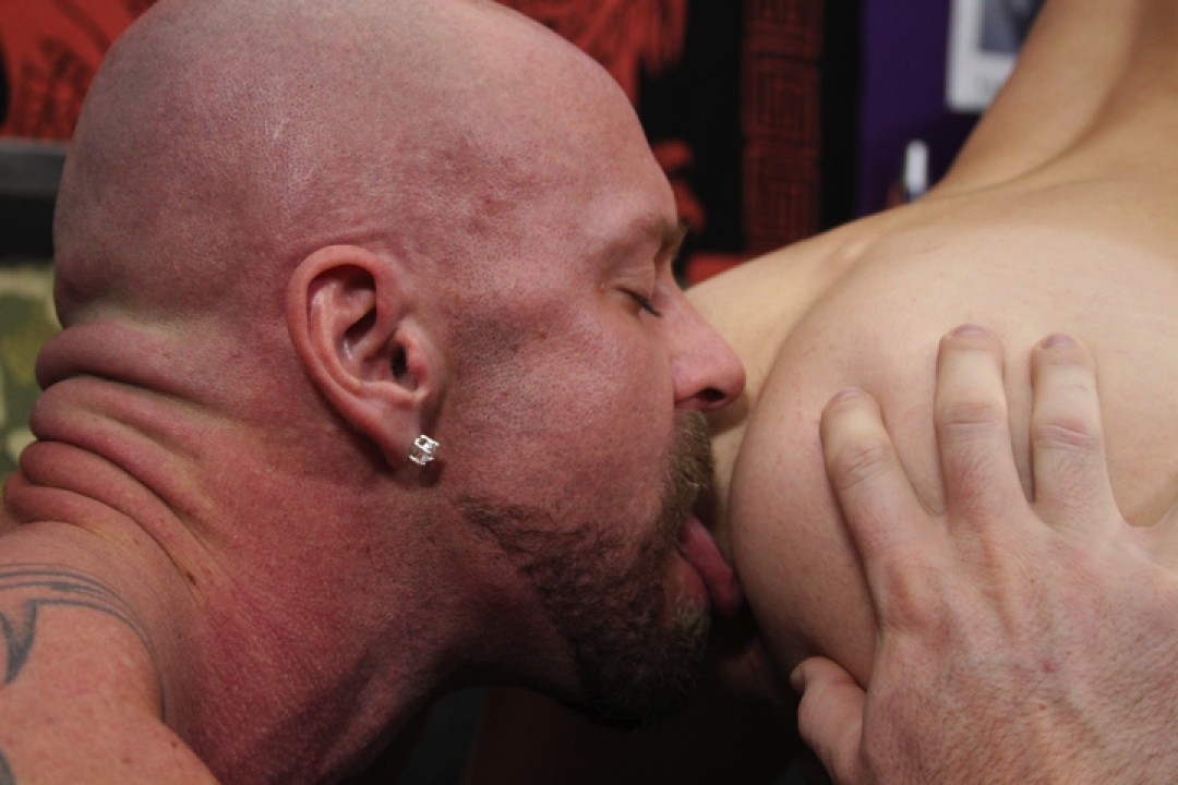 Twink delivery for cock servicing