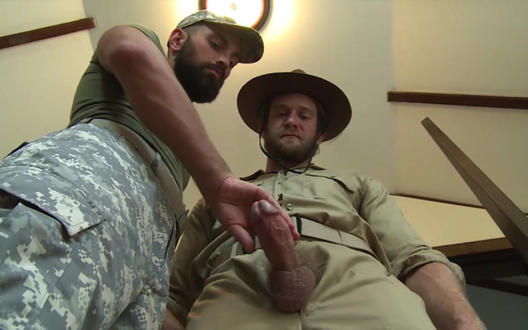 Breeding soldiers with the cum
