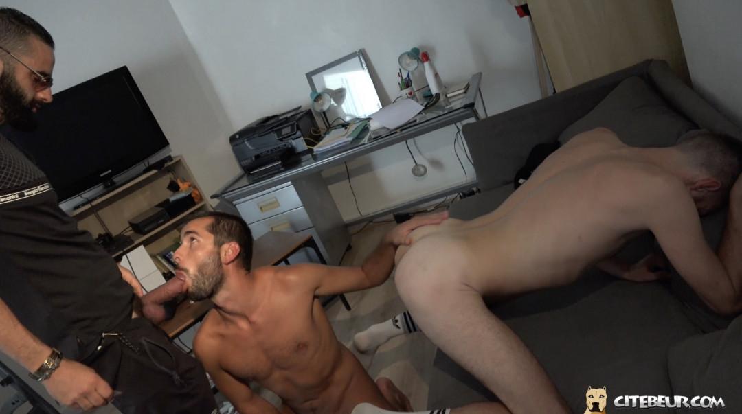 racaille de cite rebeu domi baise deux gays