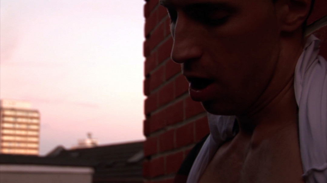 Gay wanking for Kayden Gray on the rooftops of London