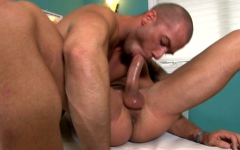 l7828-mistermale-gay-sex-porn-hardcore-videos-hunks-studs-muscle-men-gods-butch-rough-tough-beefcake-manly-viril-male-otters-bears-hairy-wolves-nextdoor-studios-doin-it-daily-010