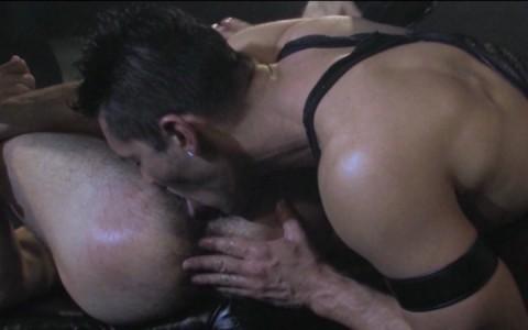 l9939-darkcruising-gay-sex-porn-hardcore-videos-hard-fetish-bdsm-raging-stallion-heretic-009