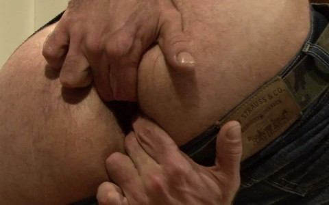 l15713-mistermale-gay-sex-porn-hardcore-fuck-videos-hunks-studs-butch-hung-scruff-macho-04