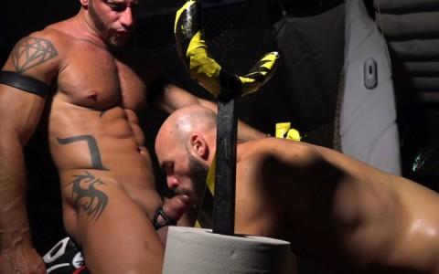 l14812-cazzo-gay-sex-porn-hardcore-fuck-videos-berlin-butch-beefcake-hard-rough-bdsm-10
