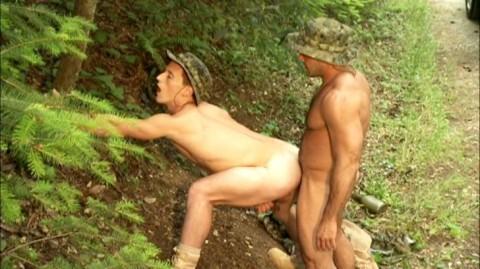 L5715 JNRC titan gay sex militaires 12