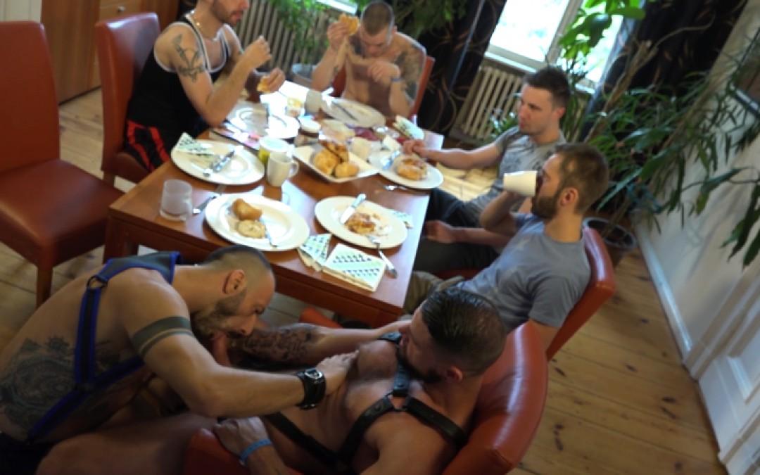 Berlin fist party
