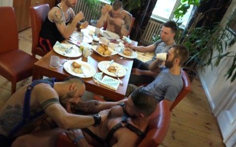 l13355-cazzo-gay-sex-porn-hardcore-videos-made-in-berlin-german-geil-fetish-bdsm-004