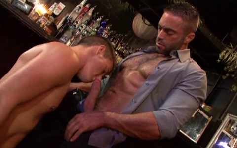 l9174-mistermale-gay-sex-porn-hardcore-videos-butch-male-hunks-studs-muscle-beefcake-hairy-scruffy-gods-daddies-catalina-the-boy-who-cried-dilf-035