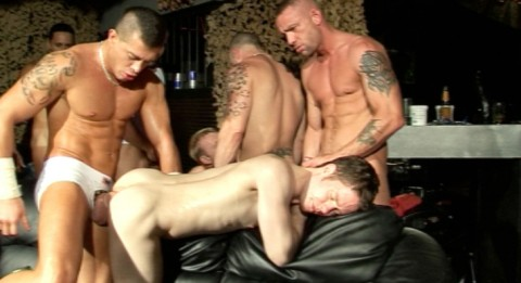 l5531-darkcruising-gay-sex-10