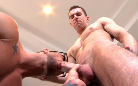 l7824-mistermale-gay-sex-porn-hardcore-videos-hunks-studs-muscle-men-gods-butch-rough-tough-beefcake-manly-viril-male-otters-bears-hairy-wolves-nextdoor-studios-doin-it-daily-012