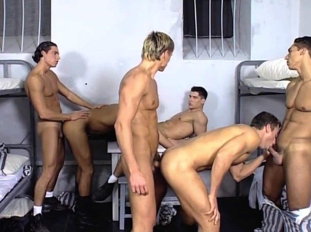 Gardiens de prison dominés par des taulards