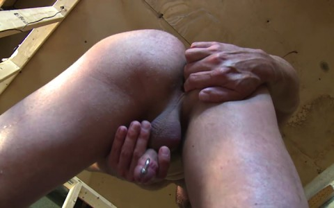 l16222-mistermale-gay-sex-porn-hardcore-fuck-videos-males-hunks-beefy-muscle-studs-hairy-daddies-scruff-11