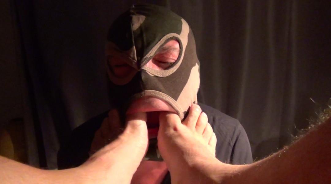 Hooded bastard at the feet of Master Riddick