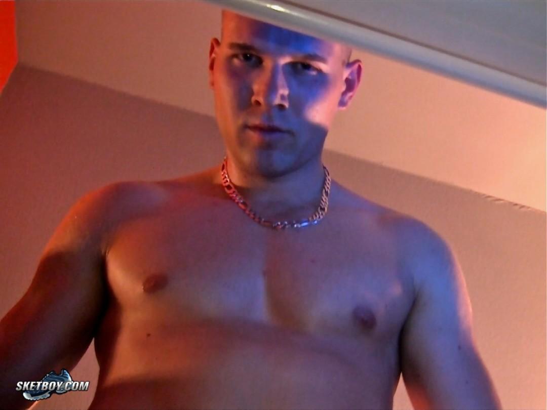 Jordan Fox punishes John Latino