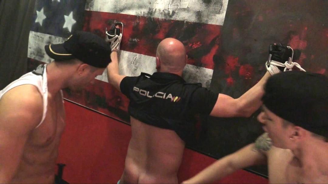 Le bandant calvaire du policier gay
