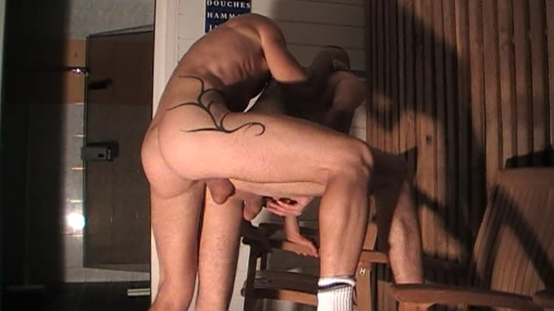 Sexual harcelment in the sauna thiers