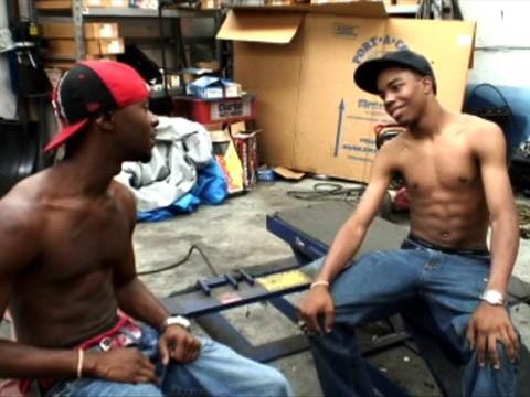 duo-black-garage1