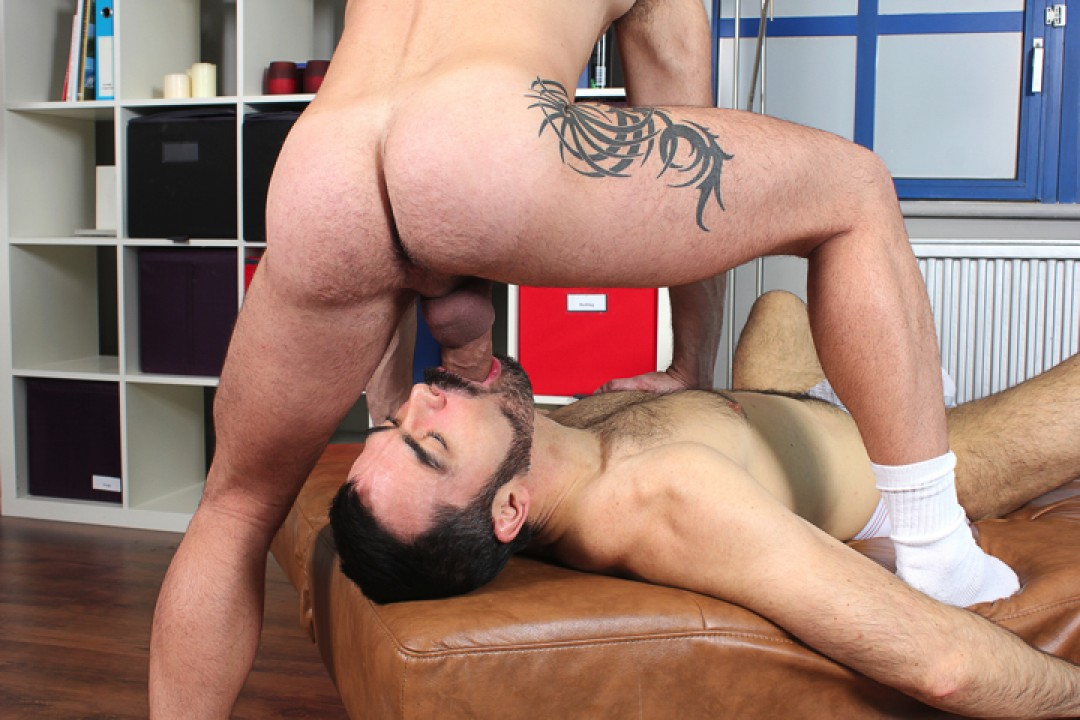 Bearded cock-sucker gives his hairy ass