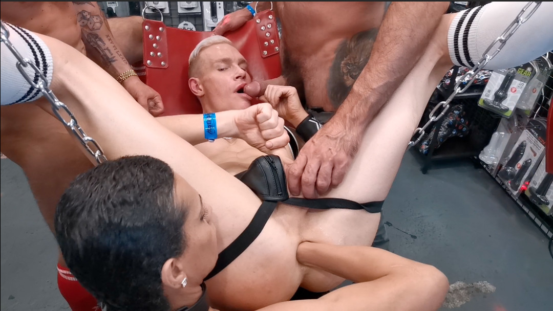 SEX SHOP FIST ORGY