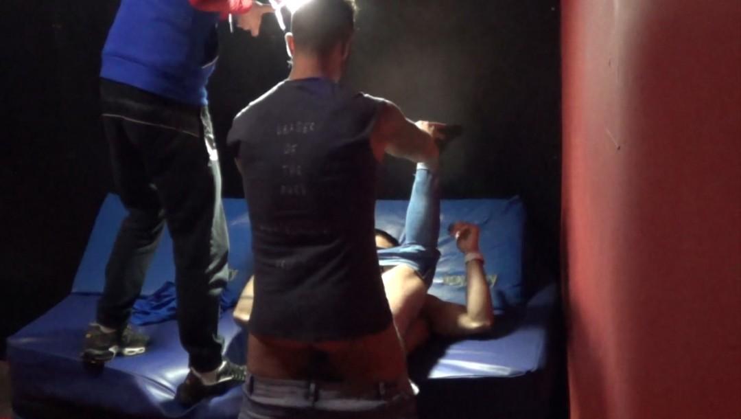 Caméra backstage, Valentino niqué par Martin MAZZA
