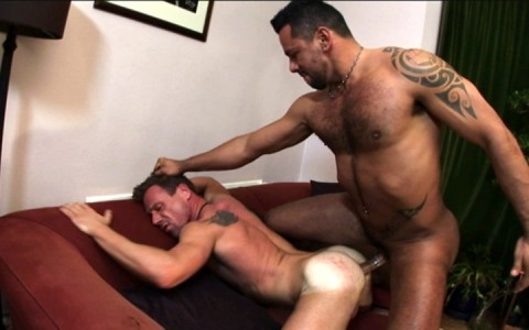 l7305-bolatino-gay-sex-porn-hardcore-latino-alphamales-out-on-the-hit-048