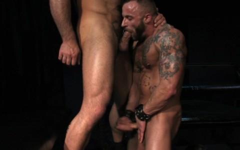 l09852-darkcruising-gay-sex-porn-hardcore-videos-hard-bdsm-fetish-darkroom-leather-rubber-skin-017