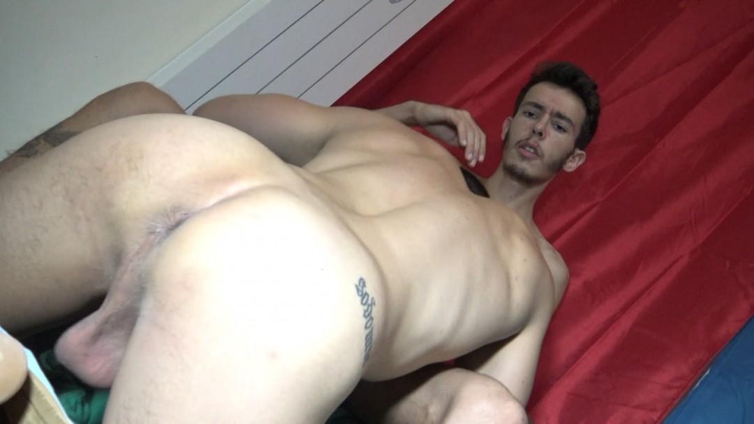 Hugo TARA se folló a barebakc por Alexit TIOLI para el casting