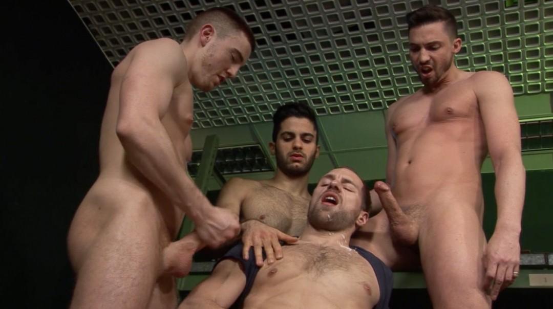 Misha Dante in delicious threesome
