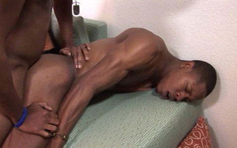l6475-universblack-gay-sex-porn-hardcore-videos-blacks-gangsta-thugs-made-in-usa-flava-men-snow-ballerz-014
