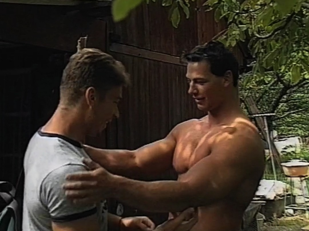 Giant muscle man up my boy-pussy