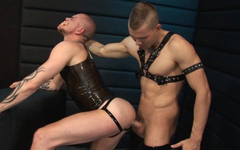 l7103-cazzo-gay-sex-porn-hardcore-made-in-germany-berlin-cazzo-hard-play-009